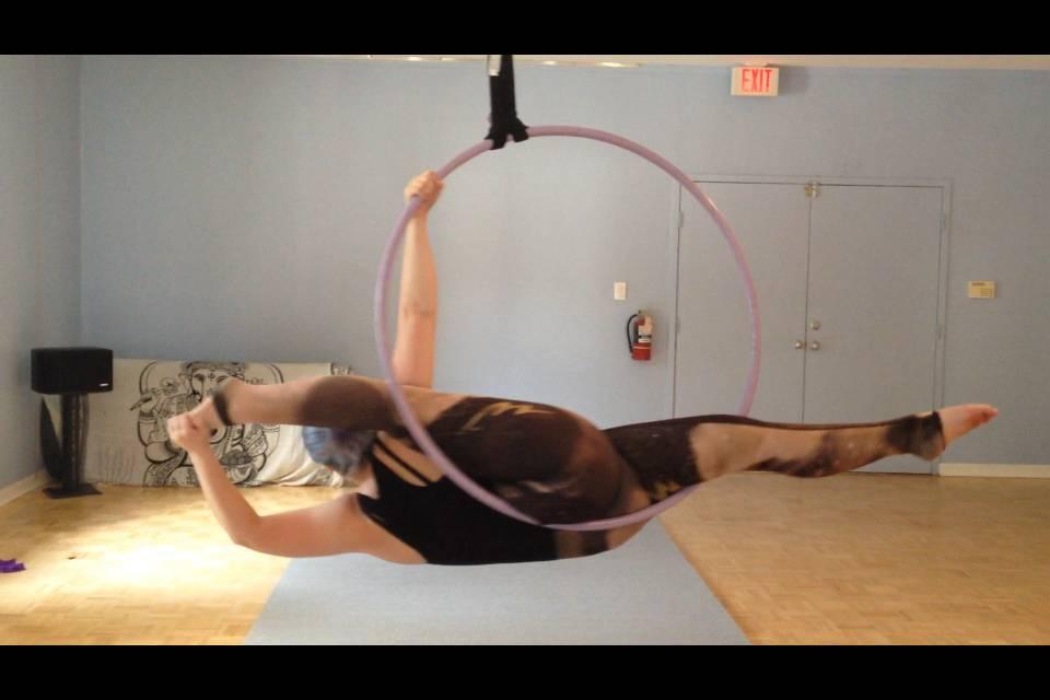 Lyra Aerial Hoop Stretch